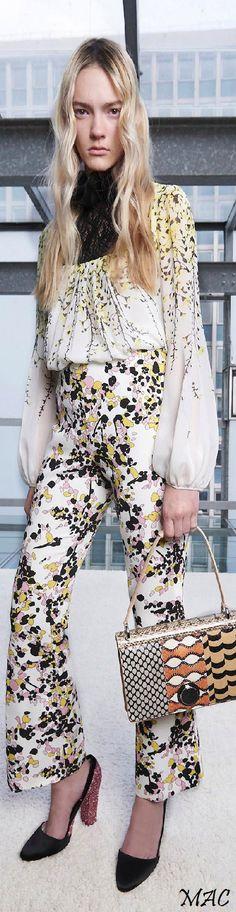 ee2708c9c4ca3 Nyc Fashion, Daily Fashion, Fashion Guide, Fashion 2016, Editorial Fashion,  Formal Wear Women, Vacation Wear, Chiffon Maxi, Fashion Forever