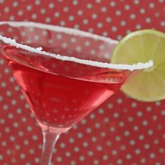 Champagne Pomegranate Cosmo… So Good, You'll Find Something to Celebrate! Martini Recipes, Cocktail Recipes, Refreshing Drinks, Fun Drinks, Alcholic Drinks, Thanksgiving Drinks, Cranberry Juice, Fresh Lime, Cocktail Drinks