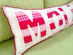 Reverse Applique children's cushion. So pretty and so incredibly easy to make. For instructions, go to - http://thatsmyletter.blogspot.ca/2012/03/p-is-for-pillow.html