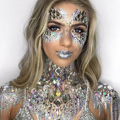 ❄️HALLOWEEN GOALS❄️ Who else wants to be dressed like this EVERY SINGLE DAY? ✨Model: The gorgeous @bethstockton_ covered in Boob Jewels, All in One Chest Pieces, Ice Queen Face Jewels and Ice Queen Glitter ✨ Shop now at www.TheGypsyShrine.com ❄️If you want to recreate this look for Halloween, head over to our YouTube for the full tutorial 🌟❄️✨Wearing: @shopeasytiger