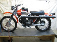 1969 Husqvarna Sportsman 360 C 8 speed 1969 Husqvarna Sportsman 360 C rare factory 8 speed with tank bag
