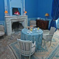 #Room #blue #bed&breakfast #chateau #LoireValley
