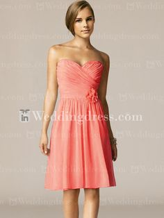Discover simple bridesmaid dresses discount here. Making your wedding day perfect.