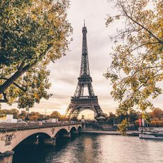 "If the Tour Eiffel is the symbol of Paris, the Cathédrale de Notre-Dame de Paris is its heart. Sitting on the banks of the Seine, this marvelous architectural work of art is a guaranteed ""must-see"". Paris Torre Eiffel, Paris Eiffel Tower, Eiffel Towers, Paris Hotels, Paris Photography, Travel Photography, Photography Ideas, Francia Paris, Paris Wallpaper"