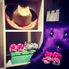 Simple 3 shelves to place photography props! #photography #organizer #props #photographyprops
