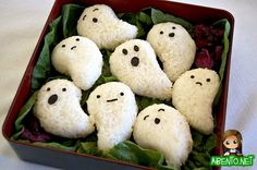 Easy Peasy Ghosts! - Get Your Spook On with these Halloween Bento! #Halloween #Bento #pumpkin #AllAboutJapan #Japan