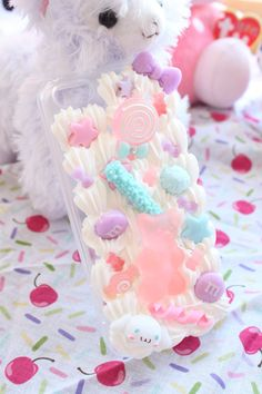 Kawaii Gummy Bear Whipped Cream Deco Case For by kittywooddesigns Decoden Phone Case, Kawaii Phone Case, Diy Phone Case, Diy Kawaii, Kawaii Shop, Kawaii Crafts, Kawaii Stuff, Ipod Cases, Cute Phone Cases