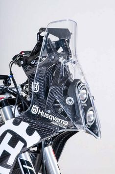 Make Your Rally Racing Dreams Come True With This Husqvarna 701 Rally Kit - Moto Networks Moto Enduro, Enduro Motorcycle, What Is A Couple, Honda Africa Twin, Ktm 450, Rally Raid, Offroader, Dual Sport, Bike Design