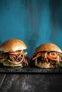 Pulled Pork Sliders with Asian Slaw | upcloseandtasty.com | pulled pork | sliders | party food