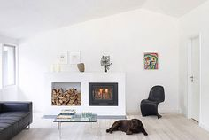 black white interior White, Clean and Elegant Interior Design Pictures Black And White Interior, White Interior Design, Classic Interior, Black White, Matte Black, Interior Modern, Room Interior, White Fireplace, Modern Fireplace