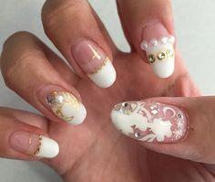 sailor moon nails Uñas Sailor Moon, Sailor Moon Nails, New Nail Art Design, New Nail Designs, Heart Nail Art, Heart Nails, Tropical Flower Nails, Orchid Nails, Nail Art Machine