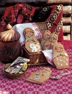 Russian dolls in pastry