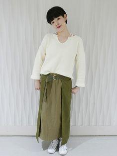 セーター1枚でいい気温になりました。首のスリットが抜け感をだしてくれます。  セーター (Gap/Color:ホワイト/¥4,900/ID:232888/着用サイズ:S) スカート (KBF) 靴 (ナイキ)  ■Gapストア 新宿Flags店 http://mobile.gap.co.jp/stores/sp/store.php?shopId=36163816 ■オンラインストアはこちら http://www.gap.co.jp/browse/subDivision.do?cid=5643