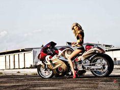 2004 Suzuki Hayabusa | Maximum Exposure | Super Streetbike