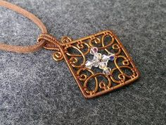 square pendant - How to make wire jewelery 223