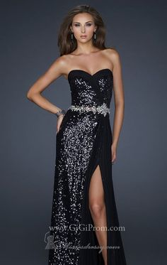 So Beautiful. Possible Prom dress number one?