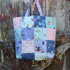 Happy Quilting: Charming Tote - A Tutorial