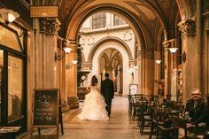 Hochzeitsfotos im Palais Daun-Kinsky & Palais Ferstel- Freyung - Fine Art Wedding Photography, Cheap Web Hosting, Ecommerce Hosting, All Over The World, Wedding Inspiration, Mexican, German