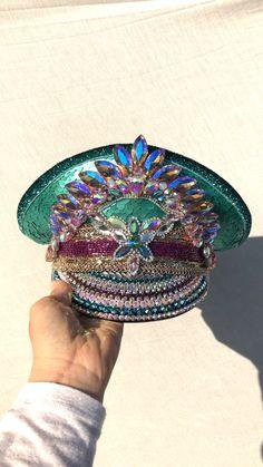 accessories hats Festival Season Is HERE! Burning Man Fashion, Burning Man Outfits, Burning Man Clothing, Burning Man Costumes, Ropa Burning Man, Karneval Diy, Hippie Costume, Halloween Disfraces, Hat Shop