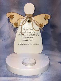 Anděl s nápisem a svíčkou/dřevo/výška 20cm/90,-kč