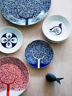 fable collection dishware, designed by karolin schnoor for royal doulton (via wrap magazine)