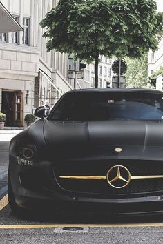 Matte black Mercedes with beautiful golden details