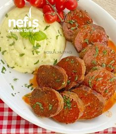 Rosto Köfte - Nefis Yemek Tarifleri - You are in the right place about low carb meatball re Low Carb Meatball Recipe, Meatball Recipes, Dinners To Make, Spaghetti And Meatballs, Creamy Sauce, Crockpot Recipes, Meal Planning, Sausage, Roast