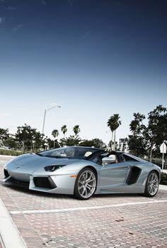#Lamborghini #Aventador 700-4 Roadster