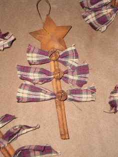 Simple Christmas Craft:  Cinnamon Stick Christmas Tree.