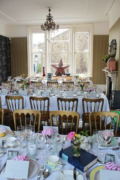 Vintage Wedding by Easy Gourmet at The Roost