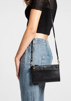 Sonder Messenger Bag Black Leather - Sunny Girl Boutique