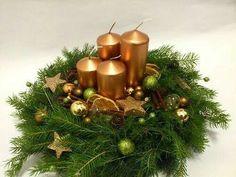 Christmas Advent Wreath, Christmas Porch, Christmas Scenes, Christmas Candles, Christmas Centerpieces, Xmas Decorations, Christmas Holidays, Advent Wreaths, Nordic Christmas