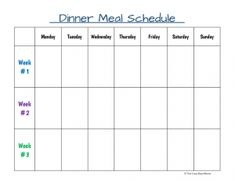 An easy to make, rotating schedule can save busy moms time in the kitchen.