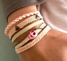 Pastel Multi Friendship the pink skull Cute Jewelry, Hair Jewelry, Jewelry Crafts, Jewelry Bracelets, Jewelery, Braided Bracelets, Handmade Bracelets, Friendship Bracelet Patterns, Friendship Bracelets