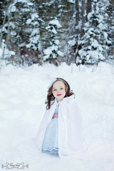 Little girl pose idea; Winter photo shoot idea, Little girl Snow White, Meg Hall Photography