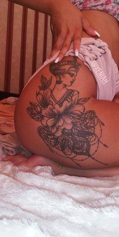 23 New Ideas Womens Flower Tattoo Sleeve Tat Bild Tattoos, Leg Tattoos, Flower Tattoos, Body Art Tattoos, Tattoo Hip, Tatoos, Lotus Tattoo, Mandala Hip Tattoo, Cleopatra Tattoo