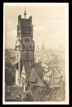 Schwabentor ca. 1920er    Das Schwabentor ca. 1920  1930 vom Schloßberg aus gesehen.  Diese Postkarte gibt es bei
