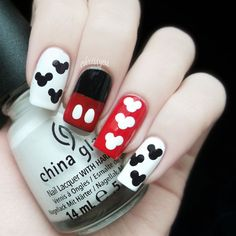 Mickey Mouse Nails- sucker for anything Disney!