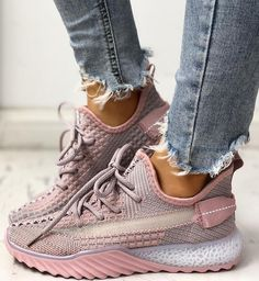 Net Surface Breathable Lace-Up Yeezy Sneakers Yeezy Sneakers, Casual Sneakers, Sneakers Fashion, Dope Fashion, Men Fashion, I Love My Shoes, Dream Shoes, Me Too Shoes, Giuseppe Zanotti Heels