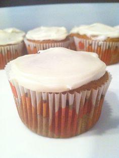 Penguins, Pasta & Polka Dots: Pumpkin Cupcakes