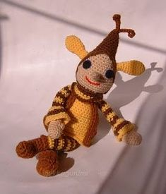 hekkagurumi: Futrinka utcai kitérő - amigurumi, horgolt babák, bubák Amigurumi Toys, Crochet Patterns Amigurumi, Ladybug Costume, Crochet Rabbit, Tigger, Free Pattern, Diy And Crafts, Dinosaur Stuffed Animal, Elves