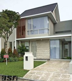 Modern Tropical Architecture Design There are 50 + Modern Tropical Architecture Design below The tropical style is one of the most popular styles in the world. Modern Architecture Design, Tropical Architecture, Facade Design, Exterior Design, Modern Tropical House, Tropical Houses, Minimalist House Design, Minimalist Home, Facade House