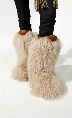 New Winter Shoes Woman Full Fur Covered Warm Snow Boots Women Slip on Flats Ankle Boots Fashion Ladies Martin Boots Casual Shoes Winter Shoes For Women, Snow Boots Women, Shoes Women, Ladies Shoes, Short Ankle Boots, Mid Calf Boots, High Boots, High Heels, Furry Boots