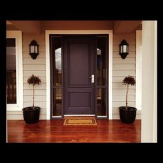 Front door colors with tan house white trim entryway 15 Ideas Exterior Color Schemes, Exterior House Colors, Exterior Doors, Colour Schemes, Front Door Design, Front Door Colors, Dark Front Door, Front Doors, Entry Doors
