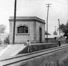 Estación Julia del FC de Cuernavaca en la Av. Marina Nacional, 1920.