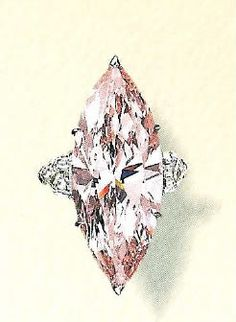 The Williamsonis a23.6 CaratPink Diamond that cut by Briefel and Lemer of London in 1948 and became the center stone of a brooch designed by Cartier in 1952. This stone was discovered in a mine in Tanzania.