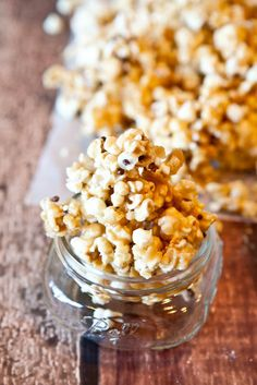 cake batter popcorn with chocolate chips