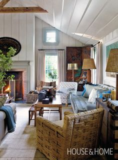 10 Great Tips for Styling a Large Living Room {room by Steven Gambrel}