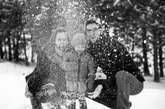 Fun family portrait photography in the snow. | Kids & Family » Treehouse Photography