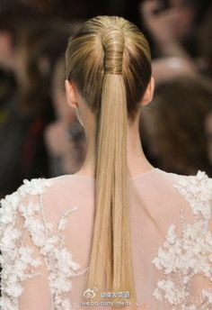 ponytail hair hairstyle Find us on: www.greatlengths.pl & https://www.facebook.com/GreatLengthsPoland Wrapped pony tail